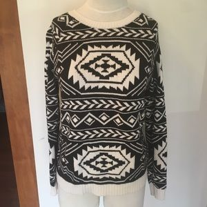 Forever 21 tribal Aztec sweater size small